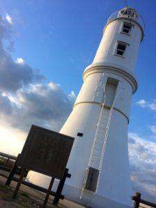 掛塚灯台と看板