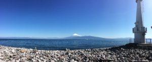 灯台と富士山
