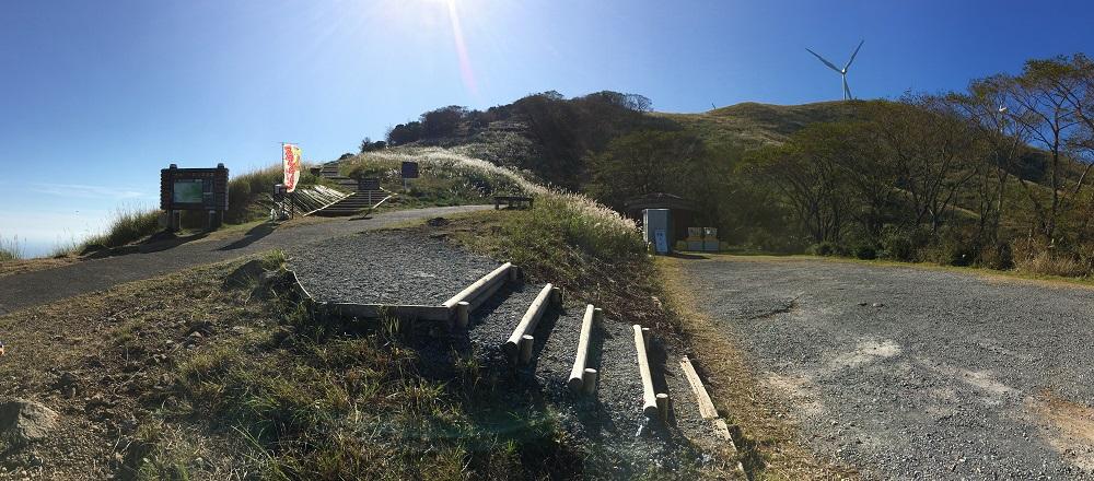 プチ登山駐車場