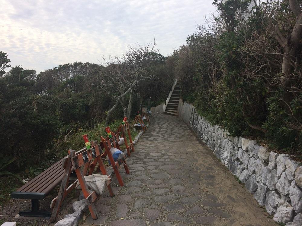 御前崎灯台の道