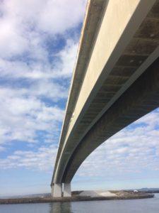 浜名大橋下からの眺め