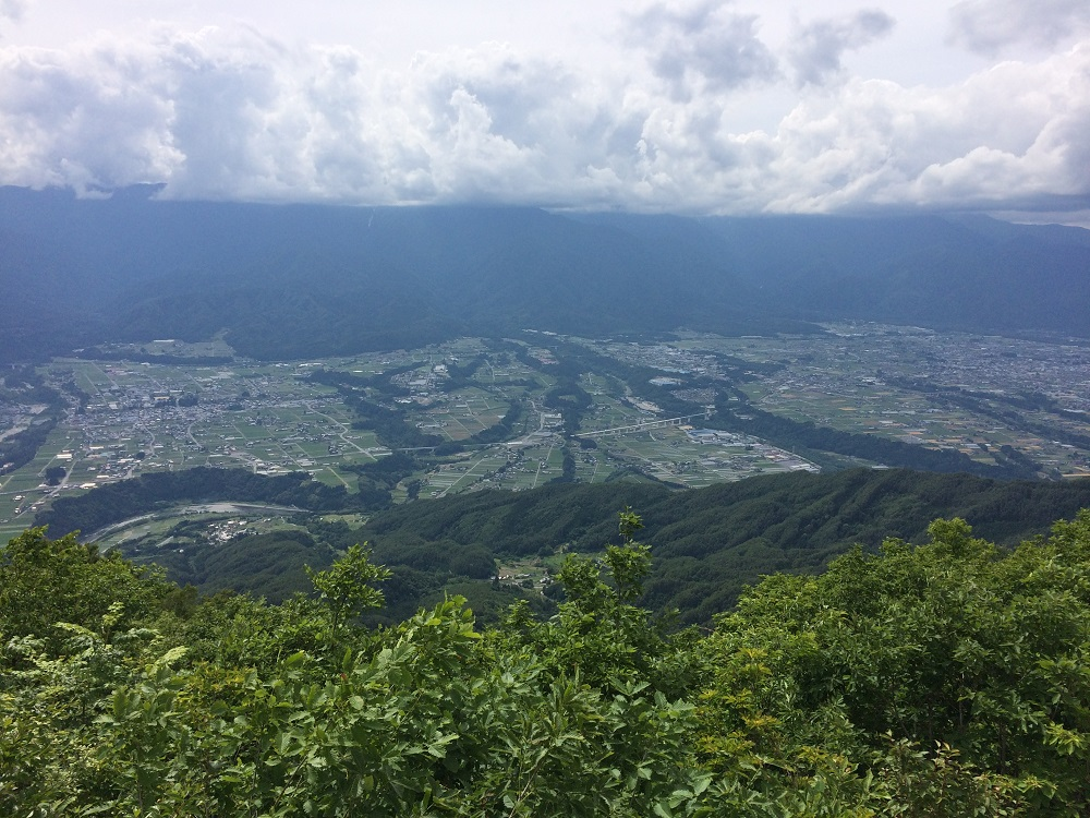 陣馬形山展望台からの眺め