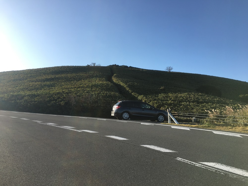 達磨山に登る駐車場