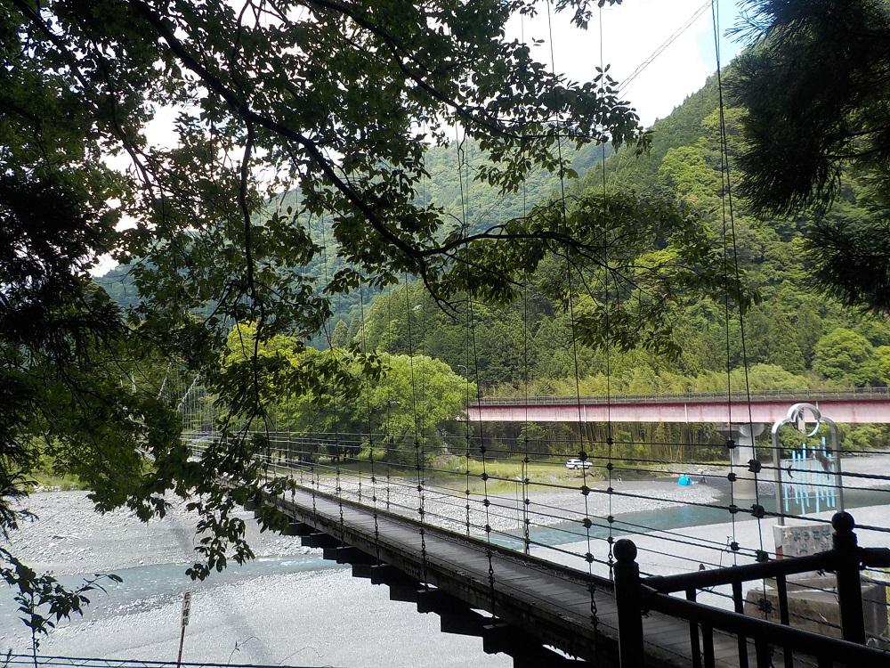 両国吊橋全景