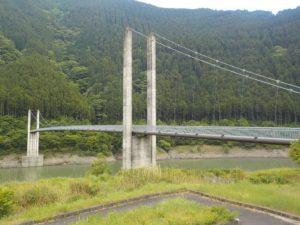 南アルプス接岨大橋全景