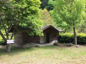 大柳川渓流公園 キャンプ場トイレ